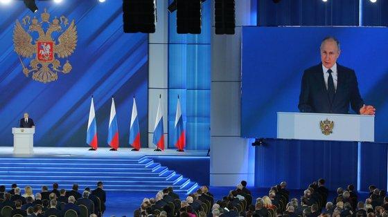 Anúncios contatos russas em 37761